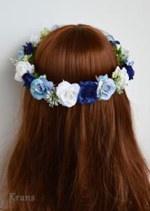 ブルーローズの花冠をかぶった花嫁の後ろ姿6