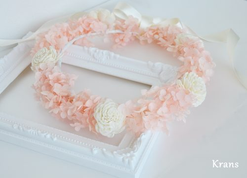 プリザーブドフラワーアナベルの天使の花冠アップ