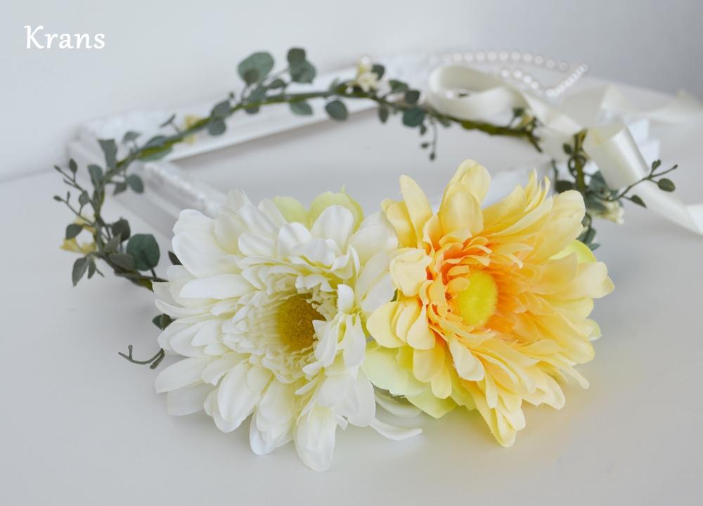 ナチュラルシンプルなワンポイント花冠アップ