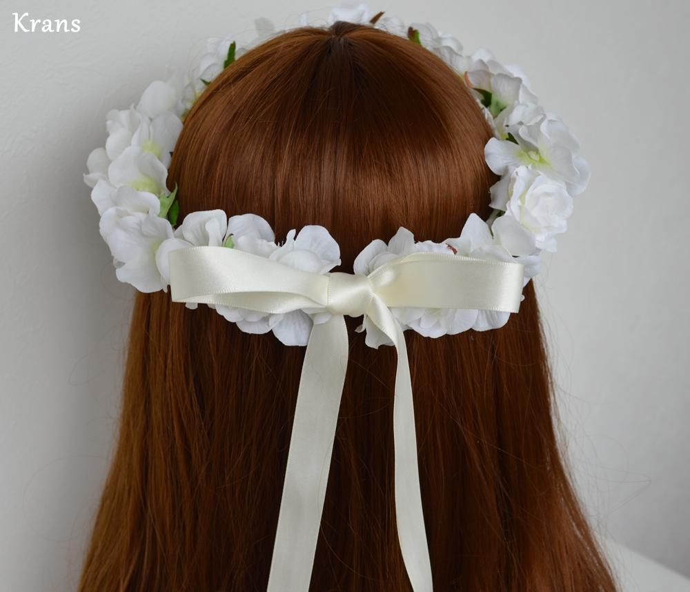 ふんわりかわいい白い花冠バック2