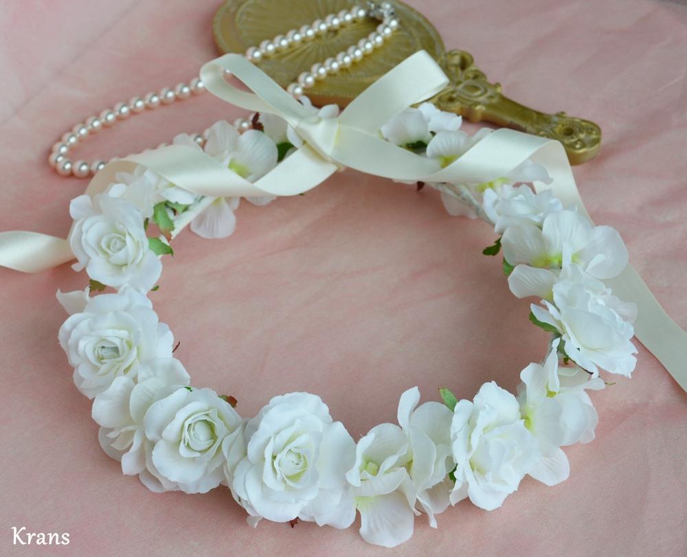 ふんわりかわいい白い花冠2