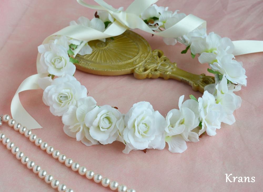 ふんわりかわいい白い花冠3