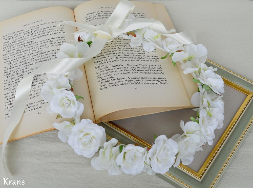 ふんわりかわいい白い花冠5