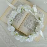 ふんわりかわいい白い花冠