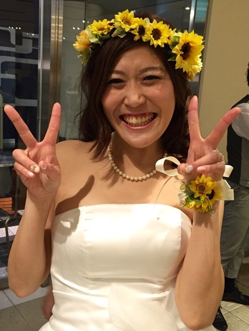 黄色いひまわり花冠結婚式2