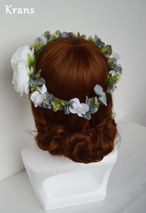 ホワイトとグリーンのワンポイント結婚式花冠12