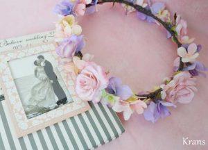 シュガーピンクローズのブライダル花かんむり ピンクバック