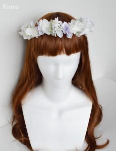 クランスホワイトのスウィートフェミニン花冠正面