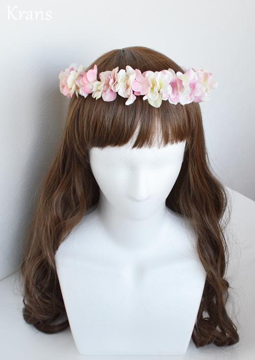 ふんわりピンクの可愛いシルエット花冠正面