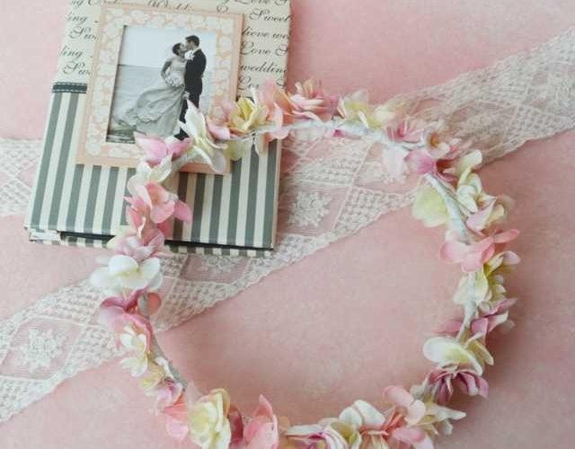 ふんわりピンクの可愛いシルエット花冠