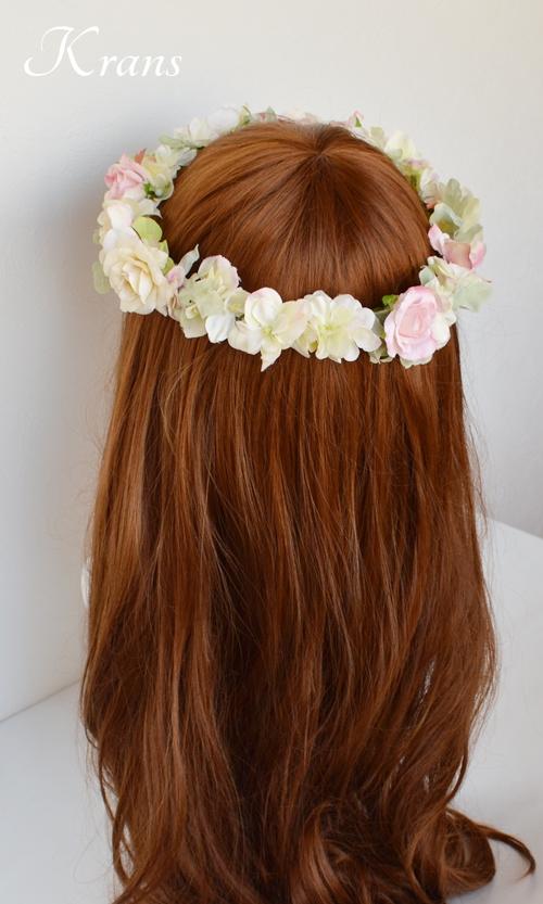 花冠のヘアスタイル