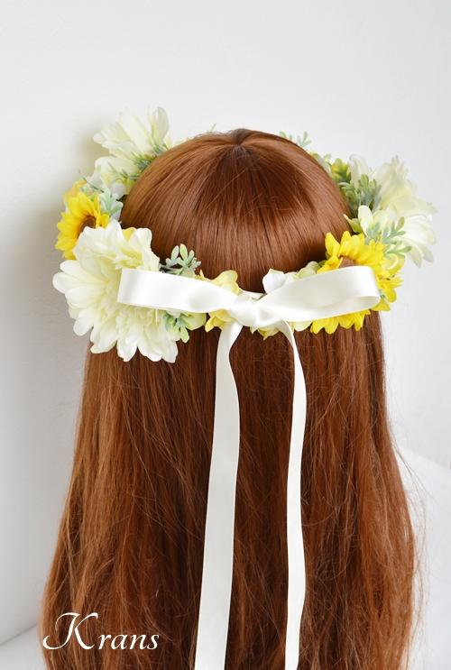 ひまわりとガーベラ黄色い花冠9