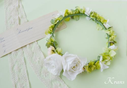 ナチュラルグリーン花冠ウェディングヘア