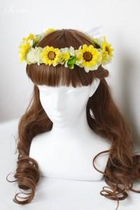 ひまわりの結婚式用花冠ヘアスタイル