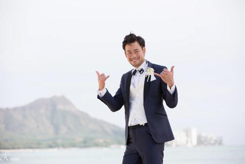 結婚式ブートニアハワイおしゃれ海外ウェディング