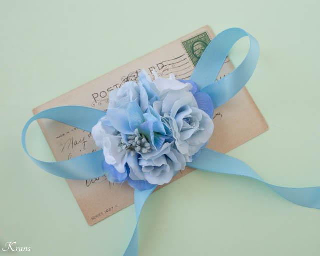 淡い青いお花を使ったリストレット4