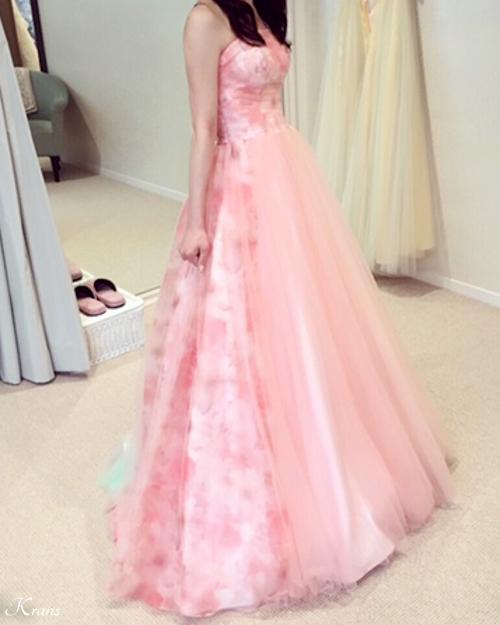 ピンクドレスに似合う花冠