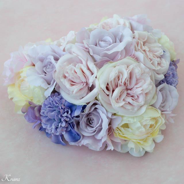 シャーベットカラーのお花で作る立体ハートドーム型のウェルカムボード2