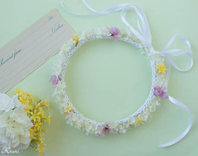 プリザーブドフラワーのかすみ草を使ったシャマローイエロードレスに合わせた白い花冠6