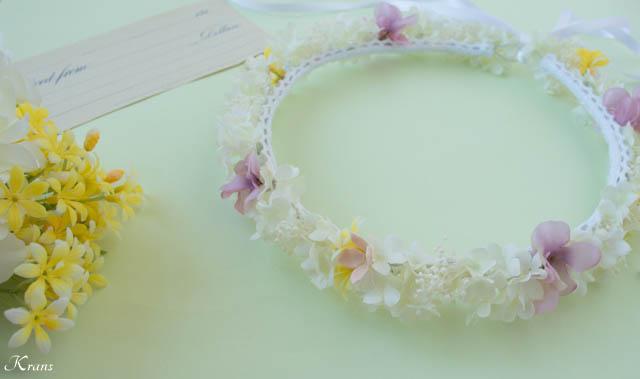 プリザーブドフラワーのかすみ草を使ったシャマローイエロードレスに合わせた白い花冠7
