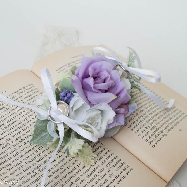淡い紫リングピロー犬3