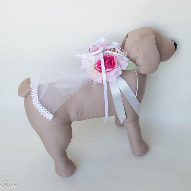 濃いピンクのリングドッグ用ピロー8