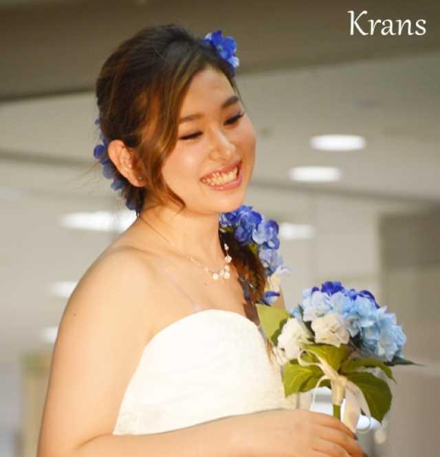 青いあじさいの花冠とブーケ