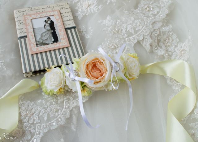 首輪結婚式のリングドッグ用リングピロー